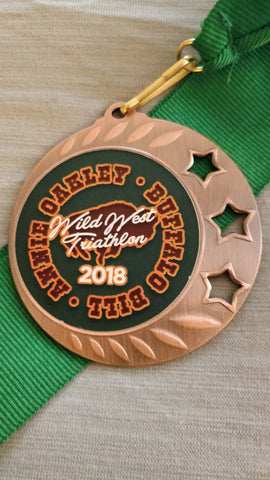 woman triathlete team medal winner age group podium buffalo bill race wild west triathlon