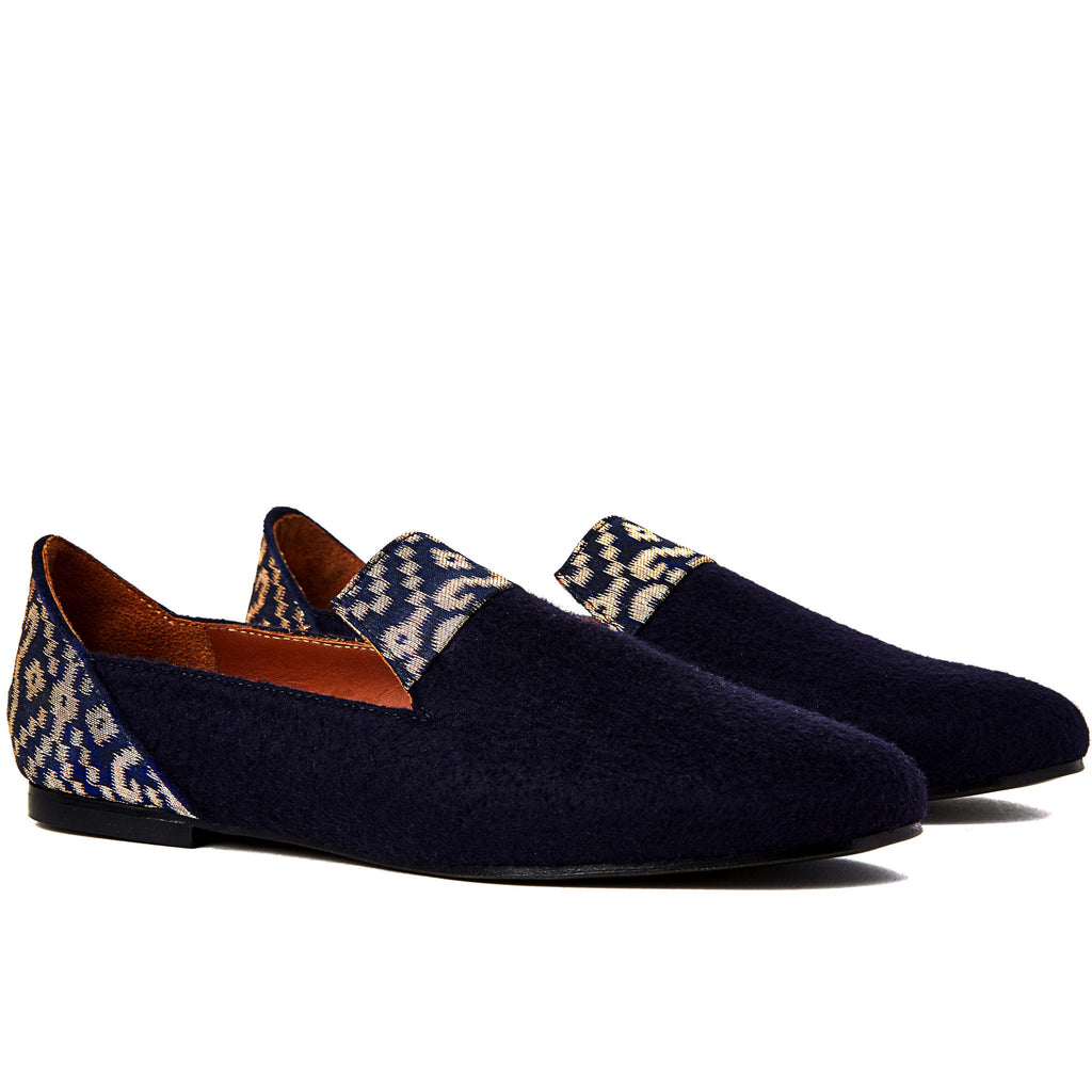 Flat shoes, Golden Star of Banaras Blue Wool Loafers - Boté A Mano