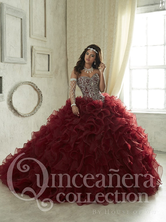 Burgundy Quinceanera Dresses Ball Gown Sweetheart Beaded Crystal Ruffles Sweet 16 Dress