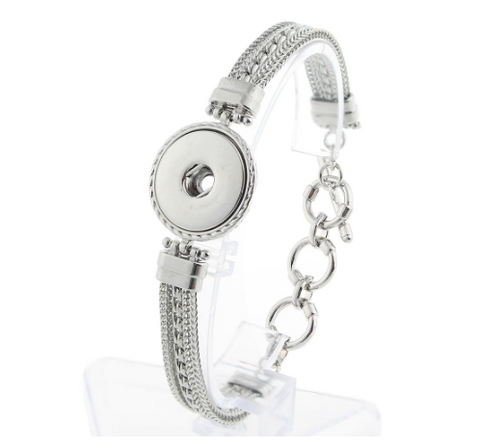 Metal Bracelet with Toggle Clasp