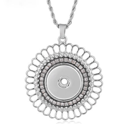 Diva Dot Snap Button Necklace
