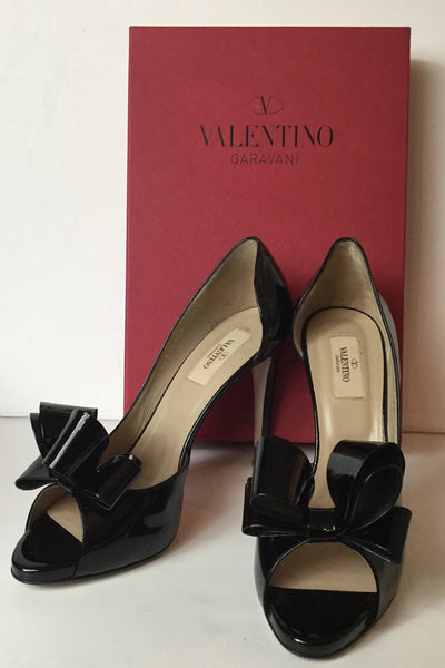 Valentino Size 39.5 Black Patent Couture Bow Front Peep Toe Pumps