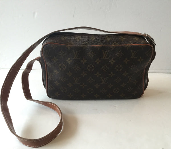 Louis Vuitton Monogram Vintage Crossbody (Has been loved)