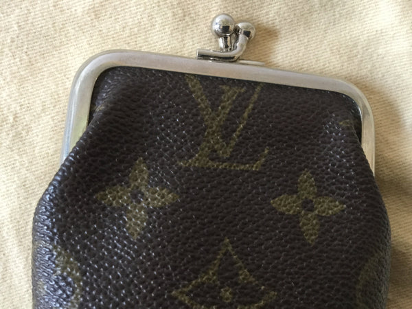 Louis Vuitton Monogram Canvas Kiss Lock Coin Purse