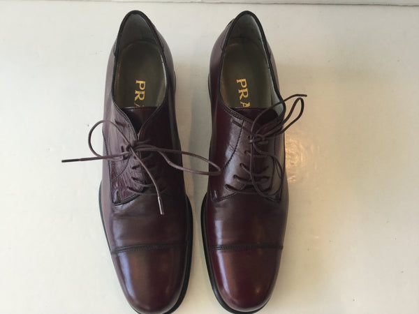 Prada Size 39 Bordeaux Lace Up Oxfords