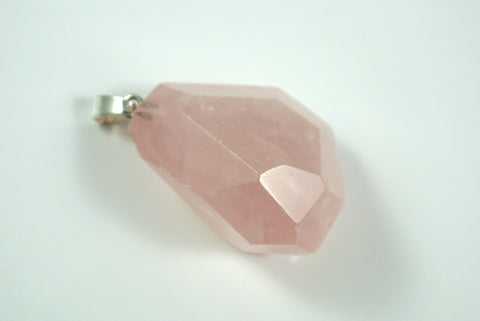 Rose Quartz Free Form Faceted Pendant 25x33mm
