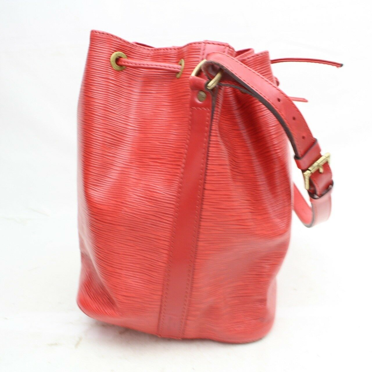 Louis Vuitton Petit Noe M44107 Red Epi Shoulder Bag 11188