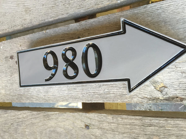 980 house number custom sign gray and black arrow pointing right side view