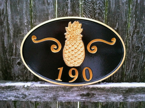 Oval house number sign with welcome pineapple -190 front