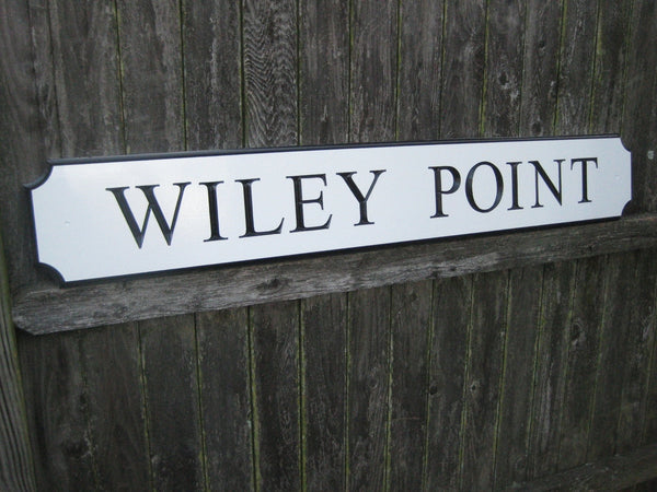 Wiley Point quarterboard sign -iso