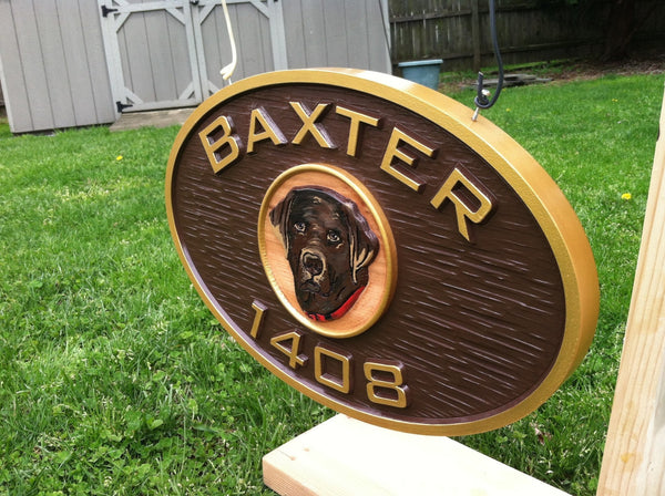 Baxtor oval house number with dog image sign -iso2