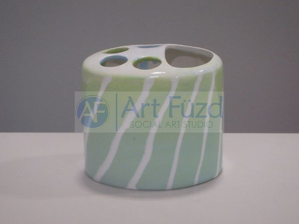 Toothbrush and Toothpaste Holder ~ 4.5 x 3.75