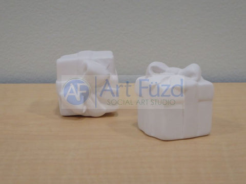 Gift Box Tiny Topper ~ 1.5 in. high