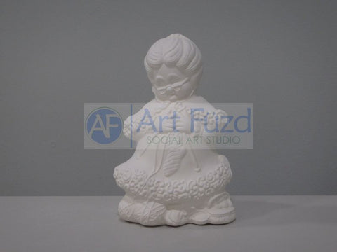 Mrs Claus Knitting A Stocking Figurine ~ 5.5 x 5 x 8