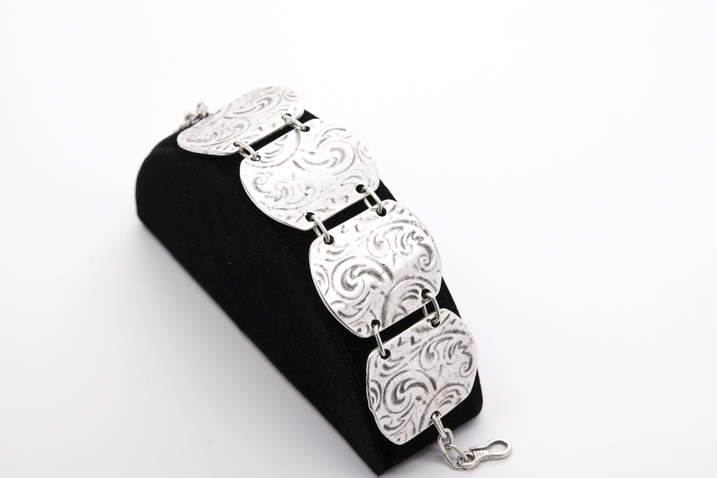 Antique Silver Plated Vintage Bracelet with Adjustable Length - Orti Jewelry