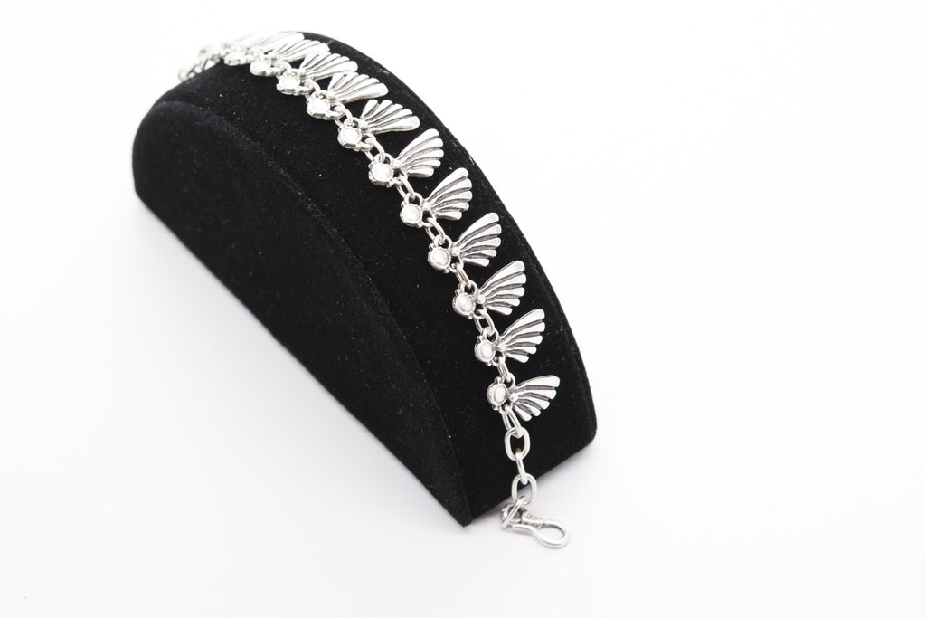 Wings Antique Silver Plated Vintage Bracelet with Adjustable Length - Orti Jewelry