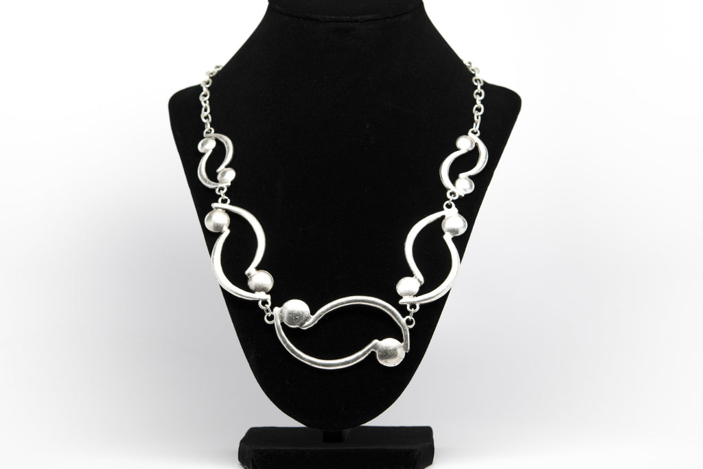 Antique Silver Plated Vintage Necklace with Adjustable Length - Orti Jewelry