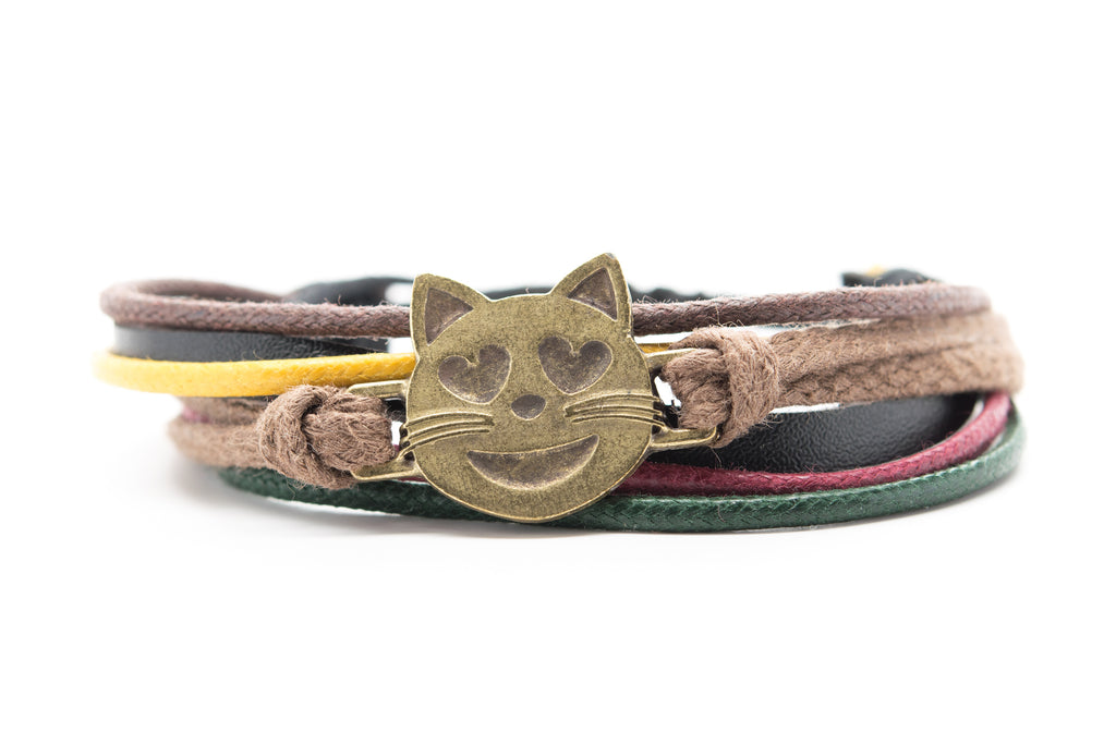 Emoji Bracelet Smiling Cat Face With Heart Shaped Eyes - Orti Jewelry