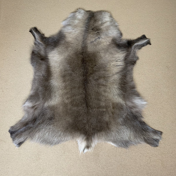 Luxury Reindeer Rug 2