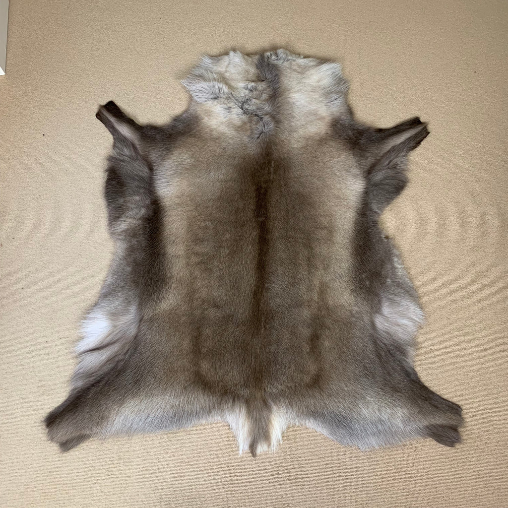 Luxury Reindeer Rug 4