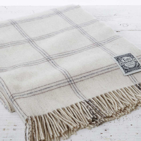Alpaca Mix Throw in Chalk Check - Lolly & Boo - 1