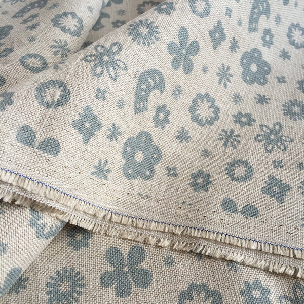 Olive & Daisy Mini Freya Linen in Powder Blue - Offcut (Fat 8th Size) - Lolly & Boo - 1