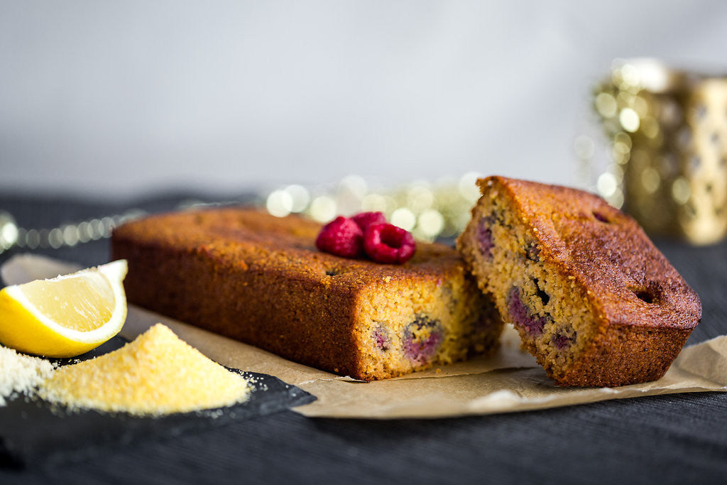 Golly Vee <br>The vegan lemon-raspberry cake