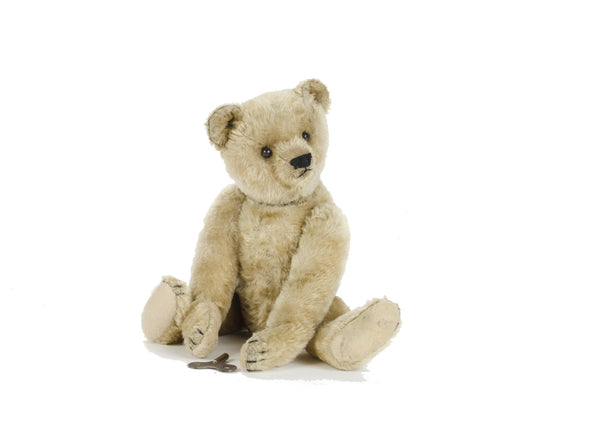 Section Antique B 2. A German Novelty Bear/Animal  (not Steiff).