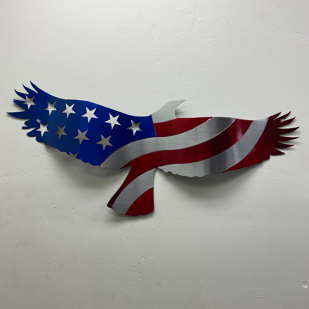 Soaring Wavy Freedom Eagle