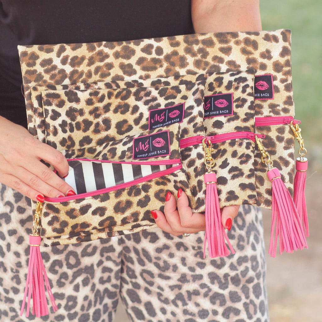 Makeup Junkie - Makeup Junkie Bags In Savannah Pink Zipper