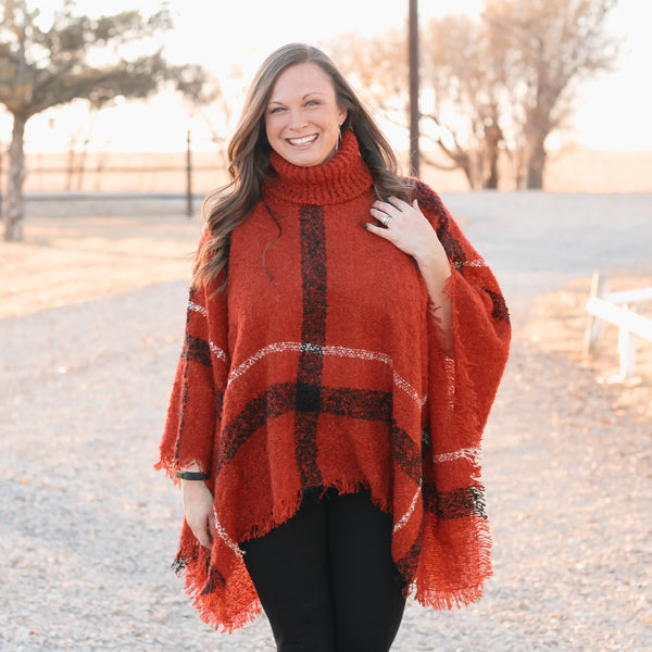Woman's Tops - Betty Classic Plaid Poncho In Red