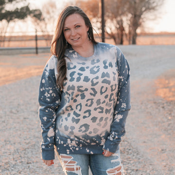 Bleached Leopard Sweatshirt in Denim