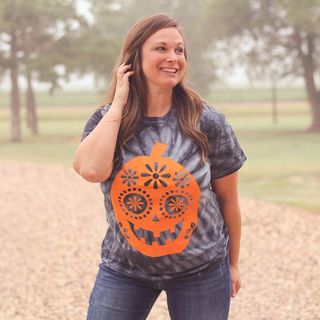 Graphic Tees - Dia Del Pumpkin Unisex Fit Graphic Tee