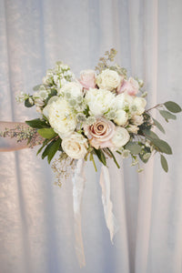 bridal bouquet, seeded eucalyptus, quicksand roses, blush and white tone organic wedding bouquet