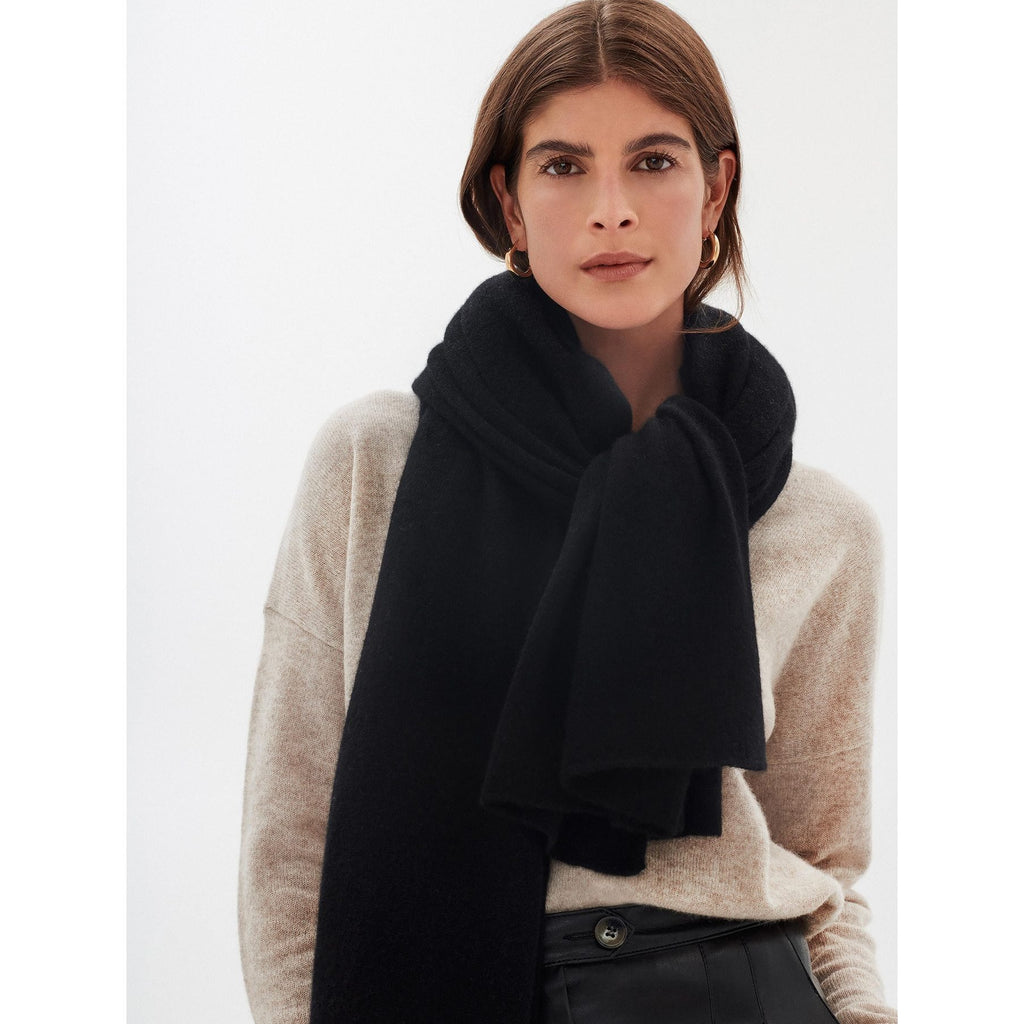IN STOCK White + Warren Classic Cashmere Travel Wrap - BLACK - The Posh Shop