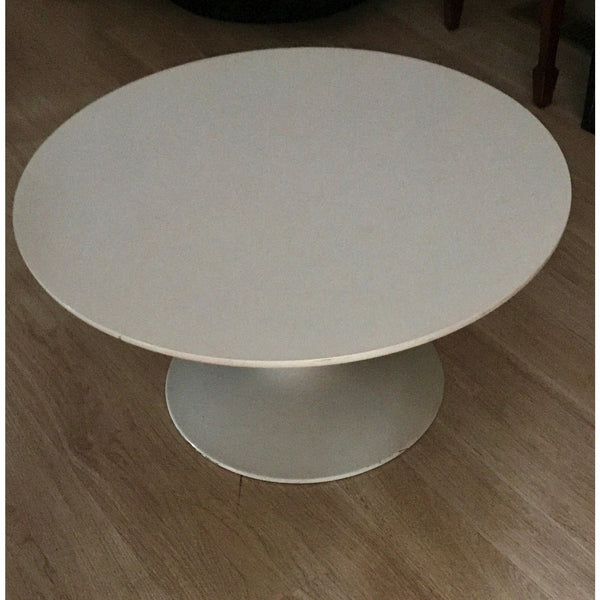 Saarinen Style White Round Coffee Table - The Posh Shop