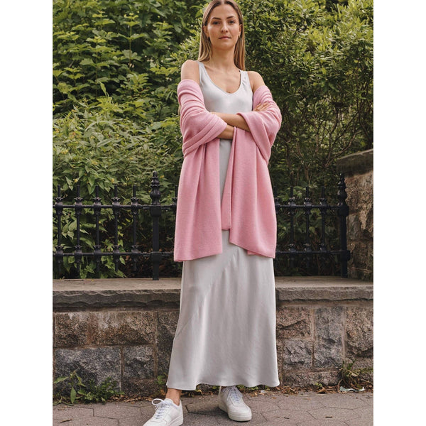 White + Warren Classic Cashmere Travel Wrap - Ballet Pink - The Posh Shop