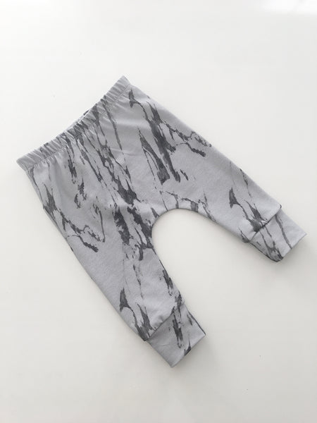 Dark Grey Marble® Leggings