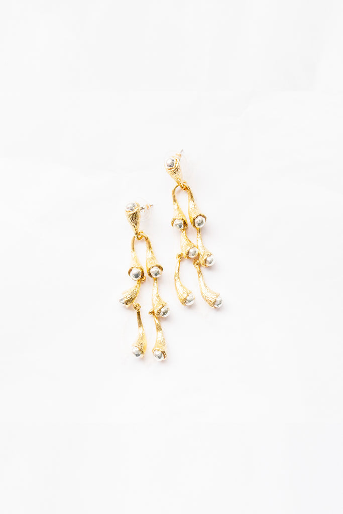 PRE-ORDER / Julia Earrings Gold Silver