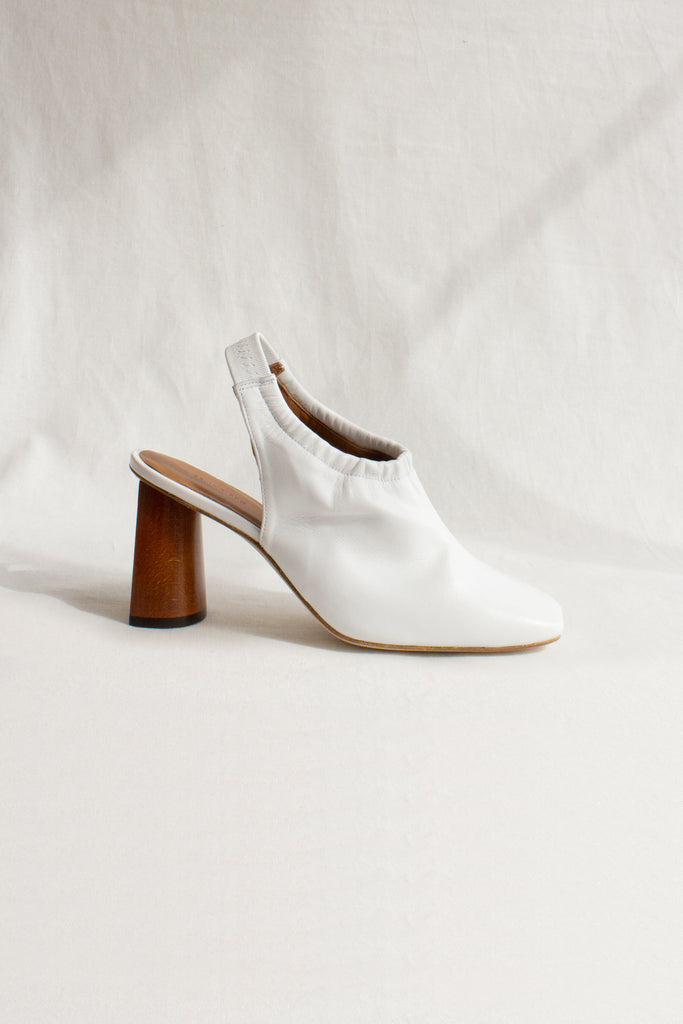 PRE-ORDER / Jessie Leather White Slingback