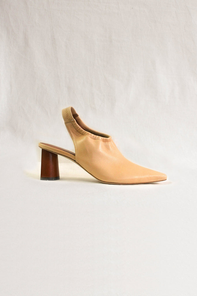 PRE-ORDER / Riley Leather Peach Slingback