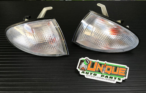 Set Esquineros Clear Accent 2DR 1995-1999 - Unique Auto Parts & Accessories