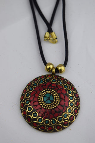 Trendsetter Necklace - Red Round