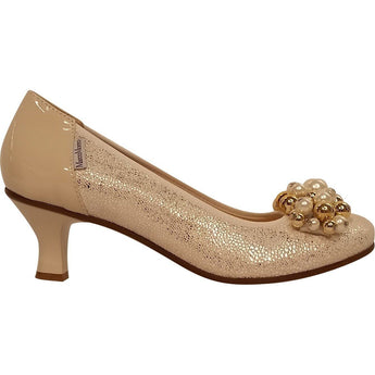 Marco Moreo cream patent and leather court shoe