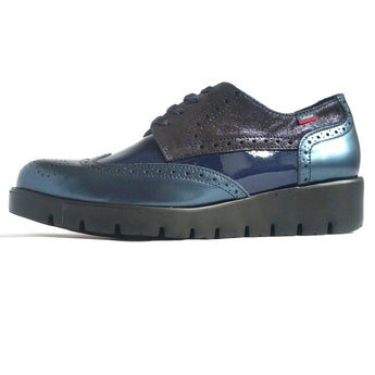 callaghan navy patent and leather laced shoe