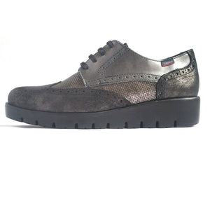 callaghan laced shoe in grey leather and suede with gold inset