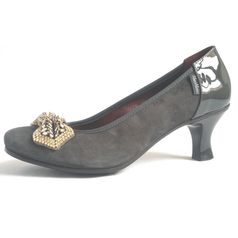 Marco Moreo grey kitten heel court shoe A091. Jpeg