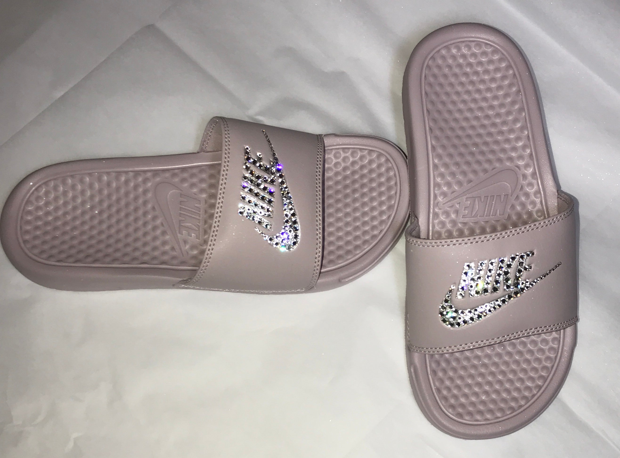 Nike Benassi JDI slide in Particle Pink with Crystahhled details -  CRYSTAHHLED 9cd72873d035
