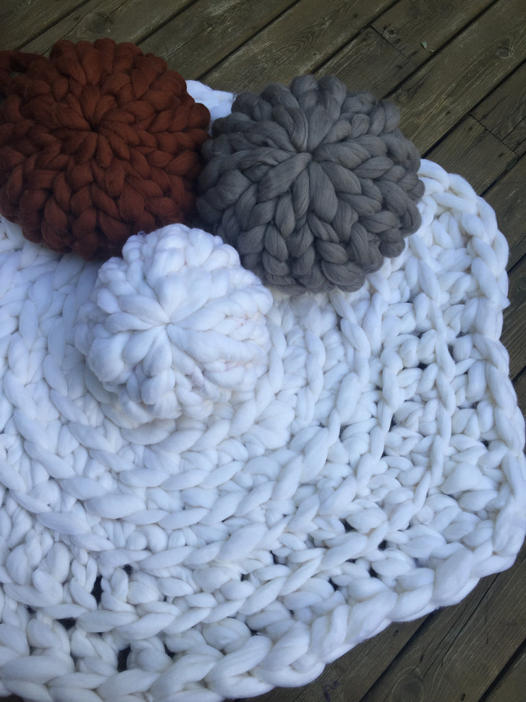 How to arm crochet your own dog bed