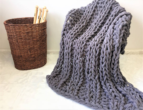 How To Choose The Best Type Of Yarn For Your Giant Knitting Project